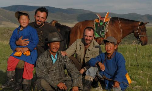 rendez vous en terre inconnue bruno solo mongoles