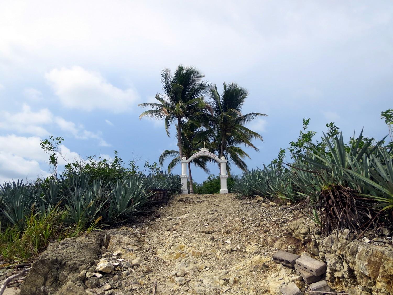 isla cementerio montezuma costa rica