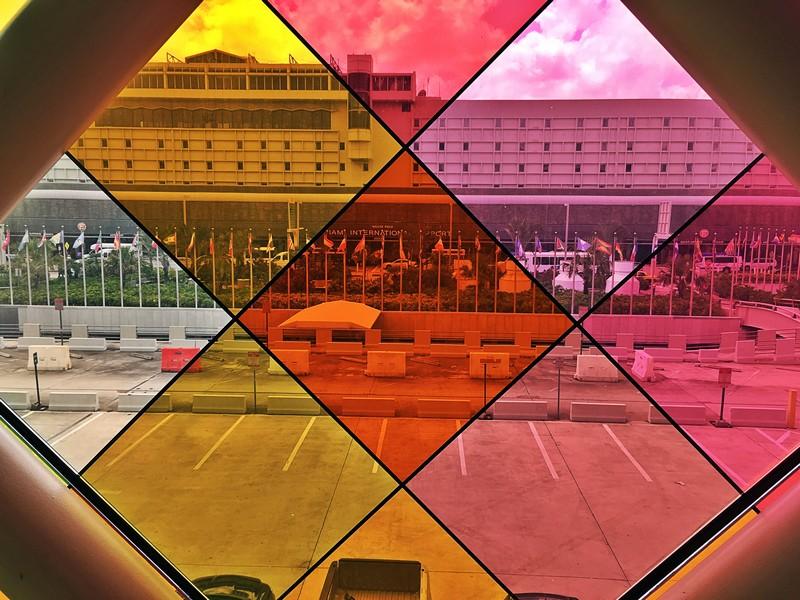 vitre colorée aéroport de miami